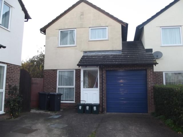 7 St. James Close, Exeter