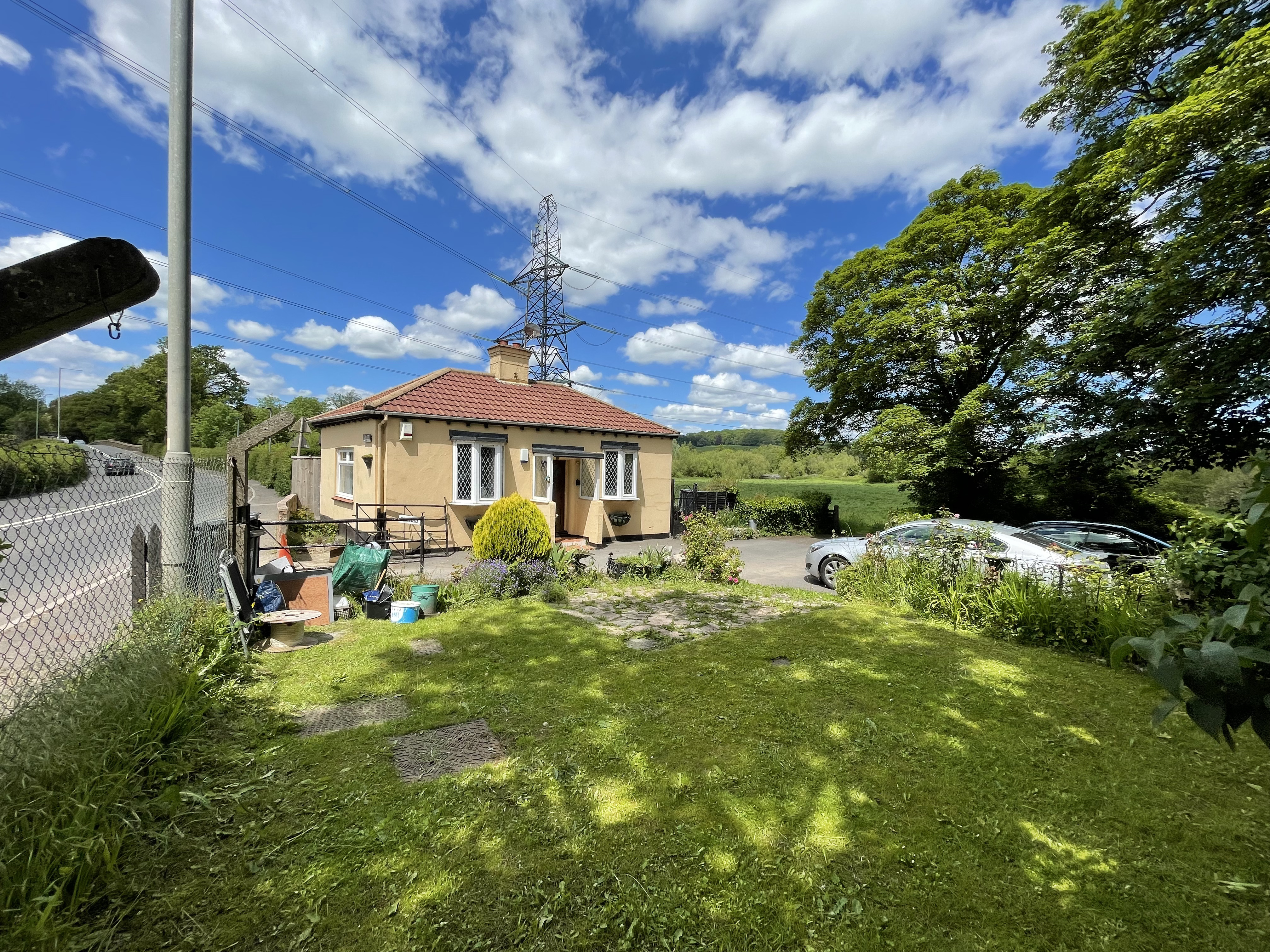 Bernadot Cottage, Crediton Road, Cowley, Exeter, Devon