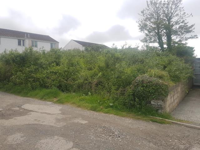 The Hutte Land At Mullion, Helston, Cornwall