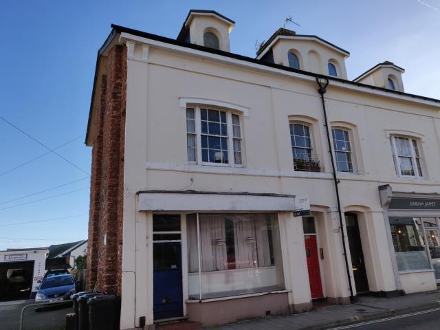 Flat 2, 18 Winner Street, Paignton, Devon